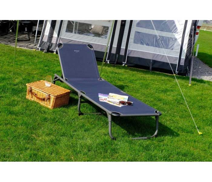 8832efdde06 Сгъваемо походно легло-шезлонг Vango Laze с товароносимост до 120 кг Походно  легло Vango Laze